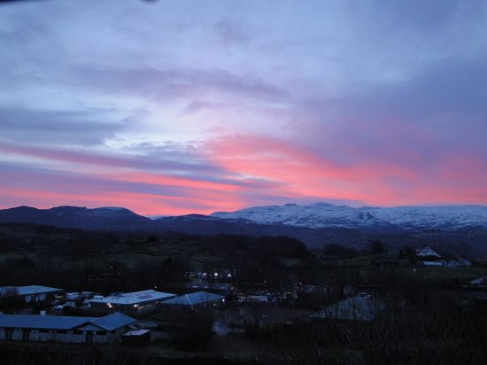 Penrhyndeudraeth, UK: View from lounge window 16 Jan