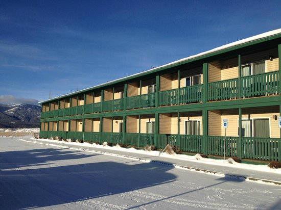 Alpine, Wyoming: outside of deluxe building