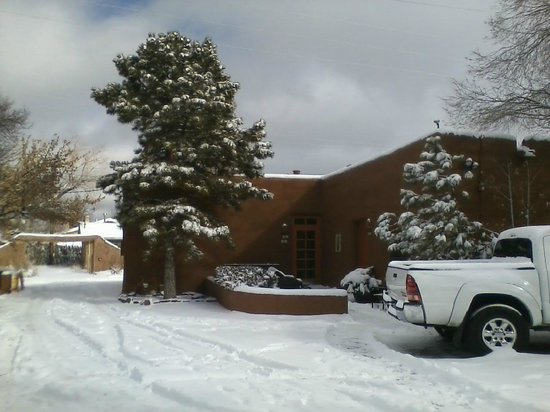Santa Fe Motel and Inn:                   Snow on the adobe casita 12-31-12