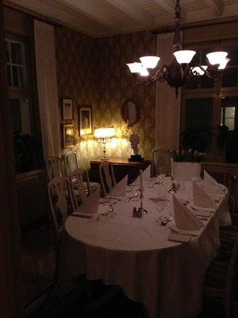 Sastaholm Hotell &amp; Konferens:                   a dining room