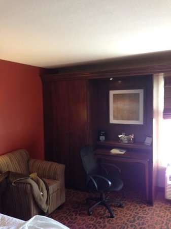 Hampton Inn Denver - International Airport: new room