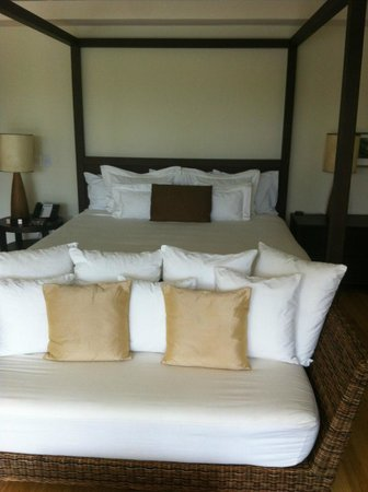 Blue Diamond Riviera Maya by BlueBay:                   Wonderful bed!