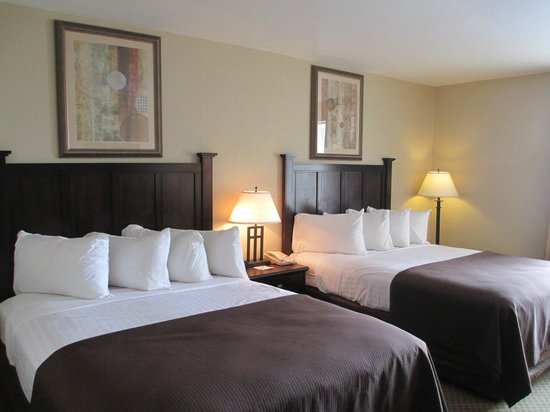 BEST WESTERN PLUS Frontier Inn: Two Queen Room