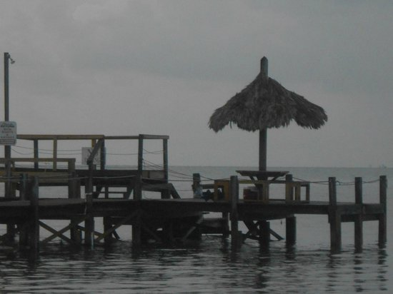 Seashell Beach Resort:                   Private dock area