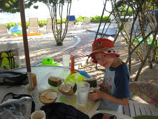 Atlantic Ocean Beach Villas:                   Fresh coconut for the kiddos- thanks to Ronnie!