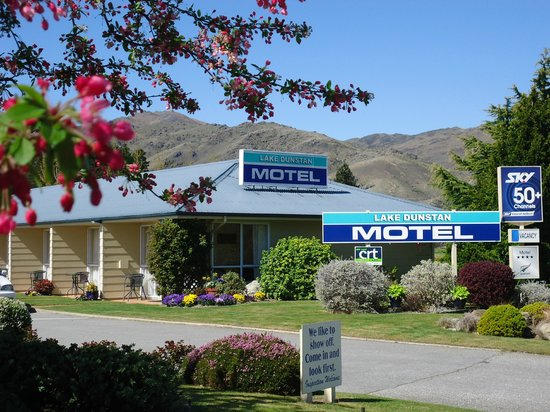 Welcome to Lake Dunstan Motel