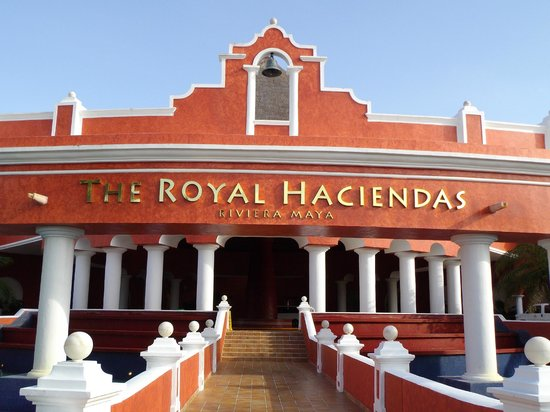 The Royal Haciendas:                   Entrance (great staff)