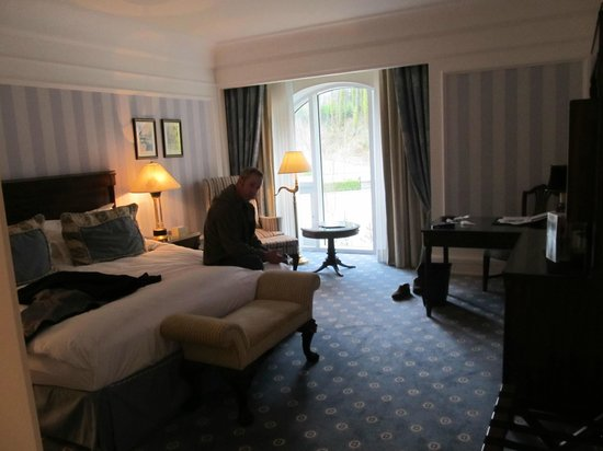 The Ritz-Carlton Powerscourt, County Wicklow: The room (and one inhabitant )