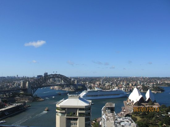 InterContinental Sydney:                   The view from Club lounge