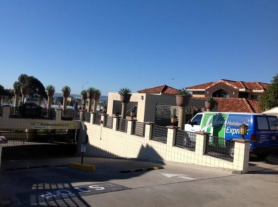 Holiday Inn Express San Diego Airport - Old Town:                   Overlooking the San Diego Airport