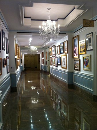 The Henry, Autograph Collection: Public area near reception