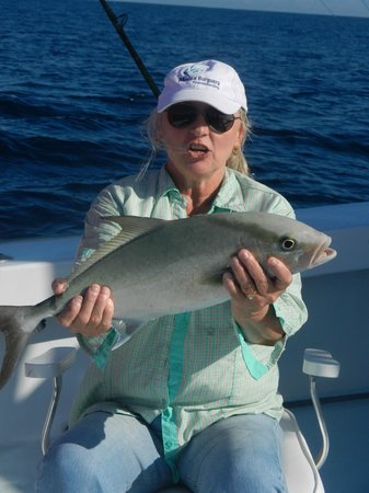 Deep  Fishing Miami on Miami Deep Sea Fishing Charter Therapy Iv  Miami Beach   Tripadvisor