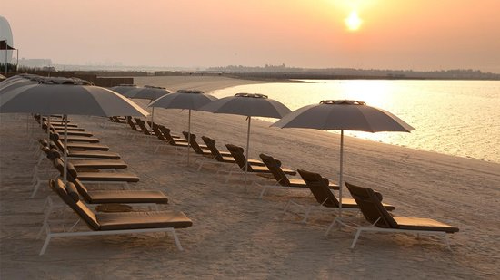 Yas beach picture of yas viceroy abu dhabi abu dhabi for 1201 salon dc reviews
