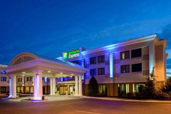 Holiday Inn Express Philadelphia NE - Bensalem: Exterior
