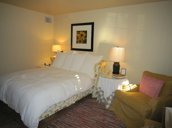Lake Austin Spa Resort:                   Very comfortable bed.