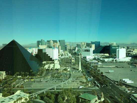 Mandalay Bay Resort &amp; Casino:                   View from room. North up the strip.