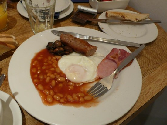 Alhambra Hotel:                   English breakfast