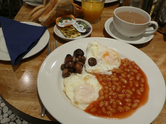 Alhambra Hotel:                   English breakfast without meat