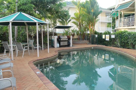 On the Beach Holiday Apartments:                   Pool and free barbeque area.