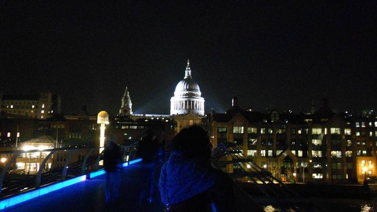 YHA London St Pauls:                   St Paul's Cathedral from Millenium Bridge