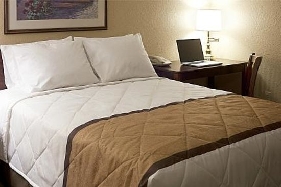 Extended Stay America - Chicago - Buffalo Grove - Deerfield: Upgraded Bedding
