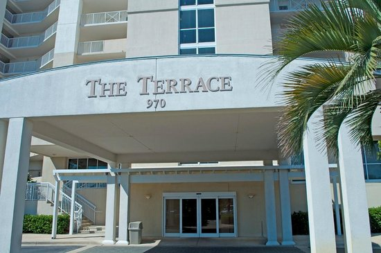 Resorts of Pelican Beach: Entrance to The Terrace at Pelican Beach
