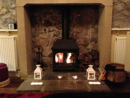 Blakelow Farm Holiday Cottages:                   Log Burner