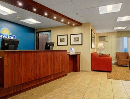 Days Inn Rockford : Lobby 
