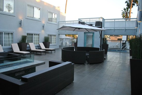 The  Inn at Marina del Rey:                   Outside lounge area with fire pit