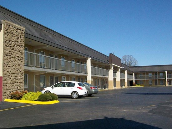 Hurricane Mills (TN) United States  city pictures gallery : Hurricane Mills Photo: Exterior