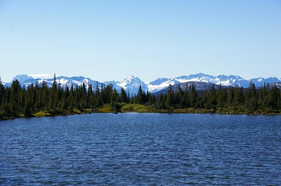 Nimpo Lake, Kanada: Hiking in the Rainbow Range Area