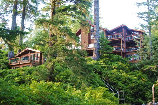 The Cabins at Terrace Beach: The Lodge