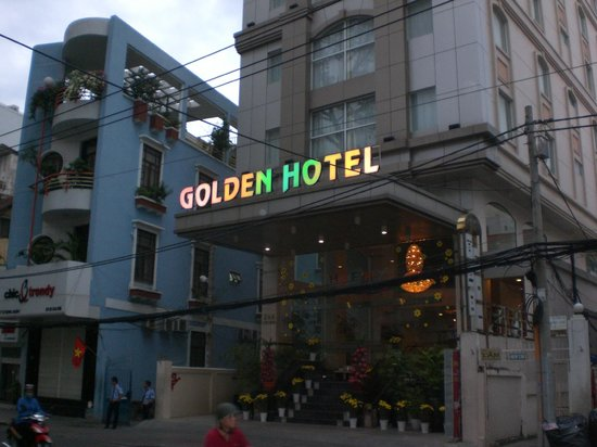 Golden Central Hotel:                   Eingang