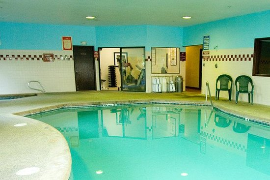 Phoenix Inn Suites South Salem: Indoor Pool & Hot Tub