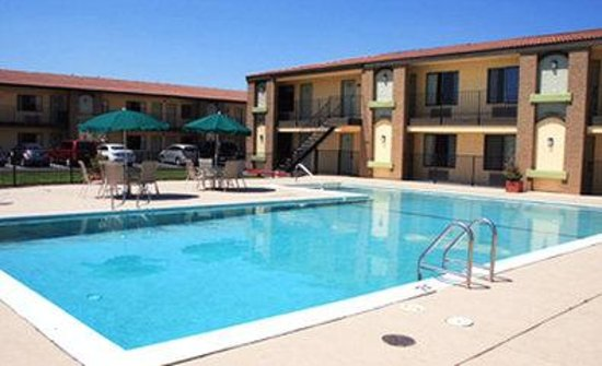 BEST WESTERN PLUS Roseville Inn: Pool