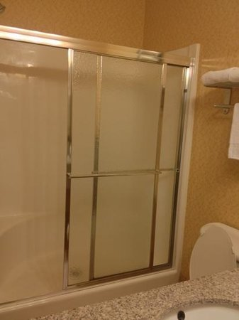 Sleep Inn & Suites Montgomery: bath 2