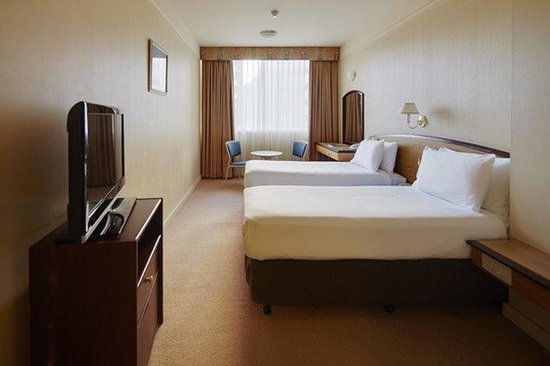 Perth Ambassador Hotel: Standard Twin Room