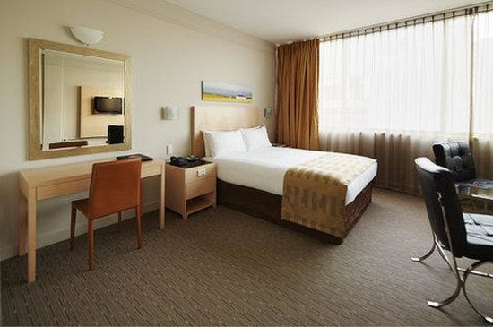 Perth Ambassador Hotel: Corporate Double Room