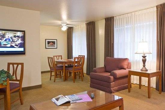Marin Suites Hotel: Spacious Suites and Full Kitchens