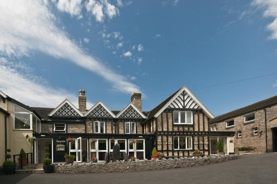 Photo of Peveril of the Peak Hotel Dovedale