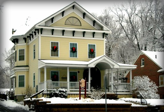 Naomi's Inn B&B: Naomi's in Winter