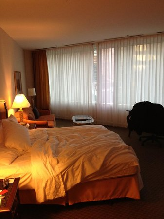Hyatt Chicago Magnificent Mile:                   Big room was a surprise!