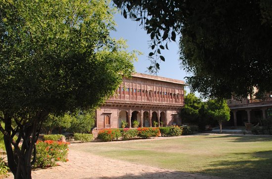 Chandelao Garh:                   The hotel inside the fort area