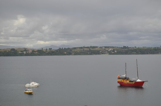 Hotel Cumbres Puerto Varas: Early in the morning