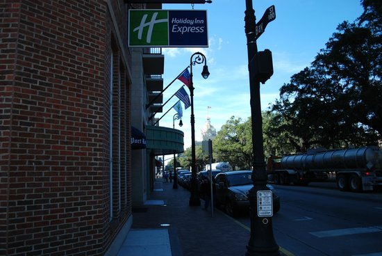 Holiday Inn Express Savannah-Historic District:                   Facing east
