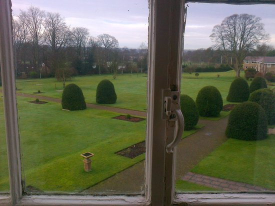 The Ripon Spa Hotel:                   View of the grounds from the room