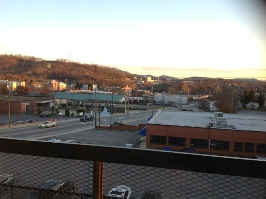 Downtown Inn & Suites:                   View of Asheland Ave