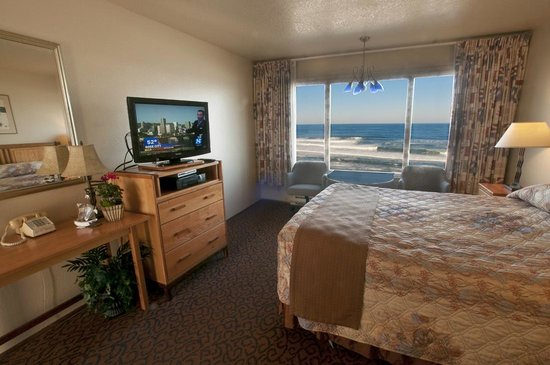 Nordic Oceanfront Inn: Queen Studio Awesome View!!