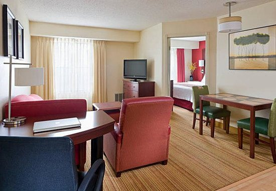 Residence Inn Peoria: One-Bedroom Suite