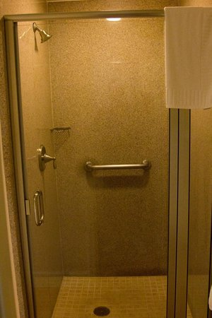 Grande Villas Resort:                   The shower